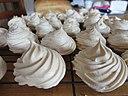 Homemade meringues (16961016019)
