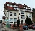 House With Bus Stop - panoramio.jpg