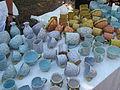 Hrnčířské trhy Beroun 2011, krakelovaná keramika s ťupkama.JPG