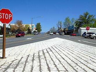 Fall River Mills, California - Image: Hwy 299 and Main pic 1
