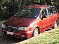 Hyundai Trajet GL 2.0 2002 (16209301092).jpg