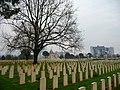 Il cimitero del Commonwealth di Cassino - panoramio.jpg