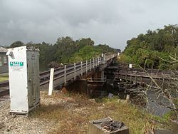 Indiantown FL old FEC railroad bridge02.jpg