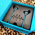 Intel hooked up these heartbeat detecting headphones so much quantifiedself gadgets datafate (by j bizzie) 2015-12-26.jpg