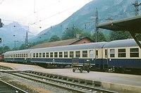 Intercity ozeanblau-beige Jenbach 1979.jpg