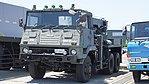 JASDF Towing Truck(Type 73 ougata Track, 47-2653) left front view at Miho Air Base May 28, 2017.jpg