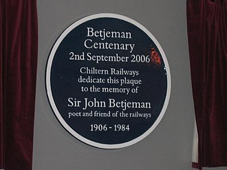 Metro-land - Betjeman centenary: commemorative plaque unveiled by Candida Lycett Green, Marylebone station, 2 September 2006