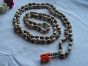Japa mala (prayer beads) of Tulasi wood with 108 beads - 20040101-02