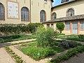 Jardin des simples de l'hôtel-Dieu de Tournus.jpg