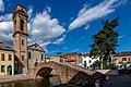 JcPEKF Centro storico di Comacchio - Ponte e Chiesa del Carmine.jpg