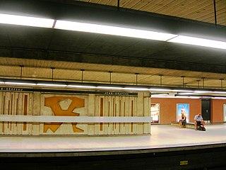 Yellow Line (Montreal Metro) Metro line in Montreal, Quebec, Canada