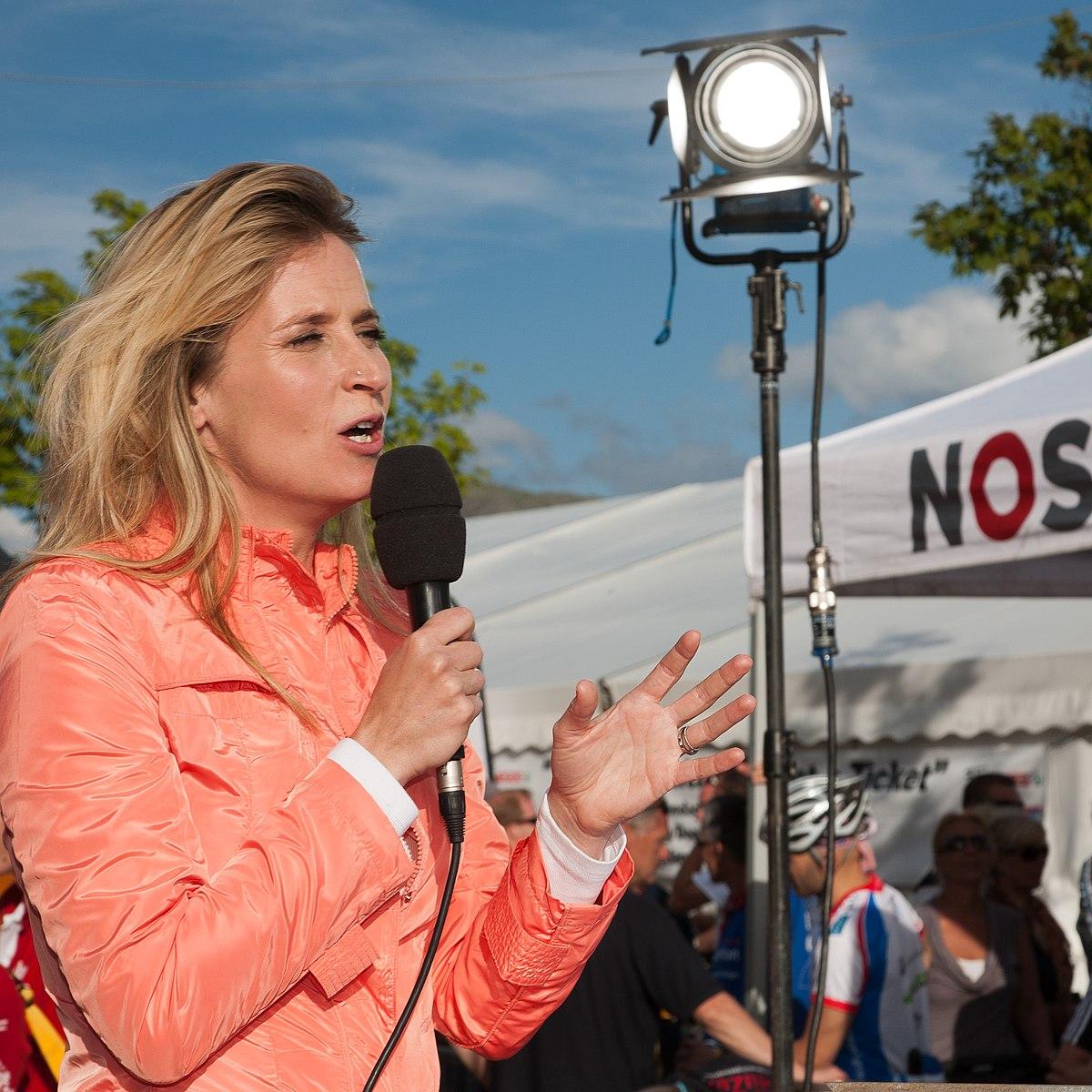Jetske van den elsen wikipedia - Foto van de show ...