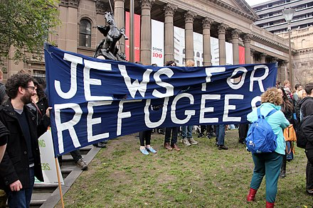 Melbourne Jews protest Australia's policy on refugees in July 2013