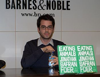 English: Jonathan Safran Foer at Barnes & Nobl...