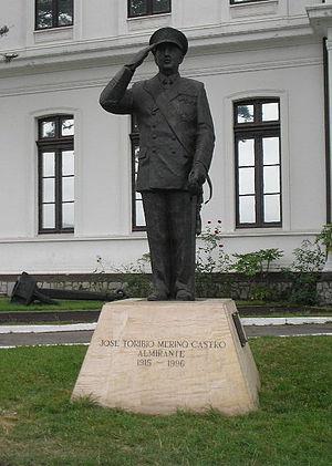 José Toribio Merino - The statue of Admiral José Toribio Merino in Valparaíso's Naval Museum