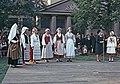 Juhla Kansallismuseon pihalla - XLVIII-928 - hkm.HKMS000005-km0000m2kl.jpg