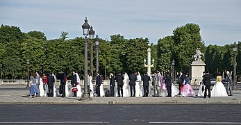 Just married place de la Concorde 2.jpg
