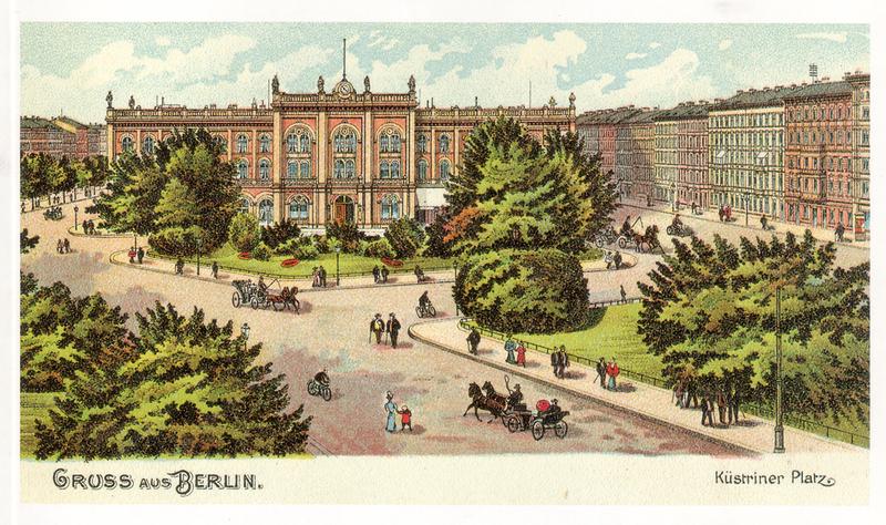 Küstriner Platz Ostbahnhof [Public domain], via Wikimedia Commons
