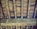 Karbonkelhuis , balkenroostering op de tweede verdieping van het voorhuis met fragmenten van de 16de eeuwse afwerking - 355352 - onroerenderfgoed.jpg