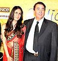 Kareena-Randhir at 3I premiere.jpg