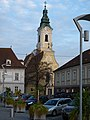 Kath. Pfarrkirche hl. Laurentius (Langenlois) 01.jpg