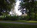 Kensington Gardens approaching Albert Memorial and Hall 0779.jpg