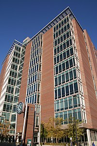 Kent County Courthouse, Grand Rapids, MI.jpg
