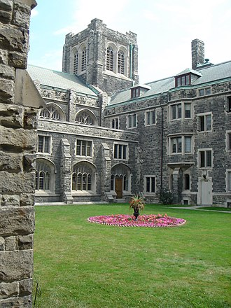 Knox College, Toronto - Interior garden at one of the college's quadrangles