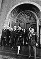 Koningin Juliana en president Heinemann en zijn echtgenote verlaten de bijeenkom, Bestanddeelnr 923-0139.jpg