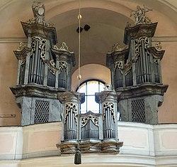 Kostel Panny Marie Sedmibolestne v Rabstejne nad Strelou, varhany (6).jpg