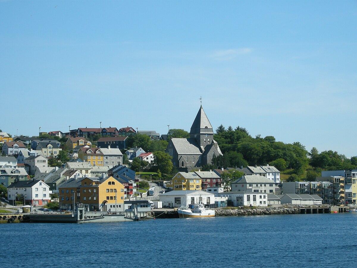 Kristiansund – Travel guide at Wikivoyage