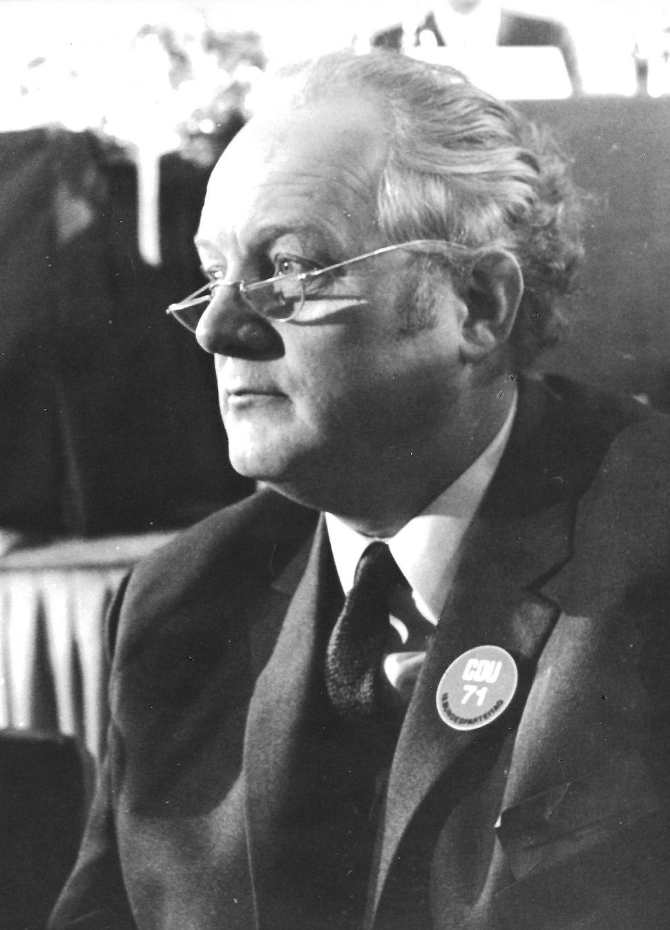 Kurt Schmücker1