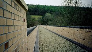 Chelfham Viaduct - Chelfham Viaduct: New deck and parapets, 2003