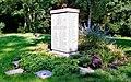 Lübeck – Vorwerker Friedhof – Estnische Kriegsgräberstätte.jpg