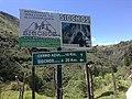 LETRERO EN VIA - panoramio.jpg