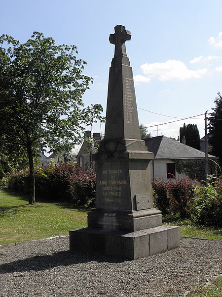 Monument aux morts de La Haie-Traversaine (53).