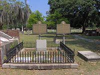 Lachlan-mcintosh-grave1.jpg