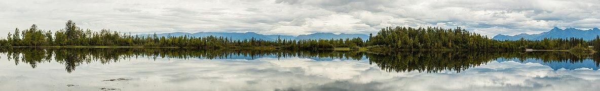 Lago de las Reflexiones, Palmer, Alaska, Estados Unidos, 2017-08-22, DD 12-19 PAN.jpg