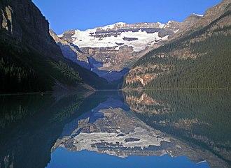 Mount Victoria (Bow Range) - Image: Lake Louise and Mount Victoria