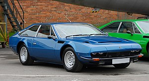 Lamborghini Jarama - Image: Lamborghini Jarama at Auto Italia Brooklands May 2012 1 cropped
