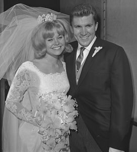 Lance Reventlow and actress Cheryl Holdridge wedding portrait, Calif., 1964.jpg