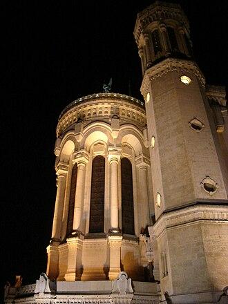 Fourvière - Image: Le chevet de la Basilique de Fourvière, Lyon