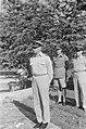 Legercommant S.H. Spoor (links), kolonel C.H.J.F. Van Houten (midden), kolonel P, Bestanddeelnr 135-4-1.jpg