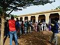 Les électeurs maliens devant leurs bureaux de vote à la Présidentielle du 28 juillet 2013 (9430172771).jpg