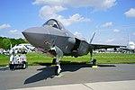 Lockheed Martin F-35 (40018042530).jpg