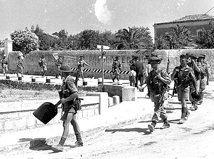 Men of The Loyal Edmonton Regiment, part of the 1st Canadian Division, enter Modica. Canadians Sicily1.jpg