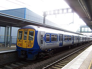 Thameslink (train operating company 1997–2006) - Image: Luton Airport Parkway 319373