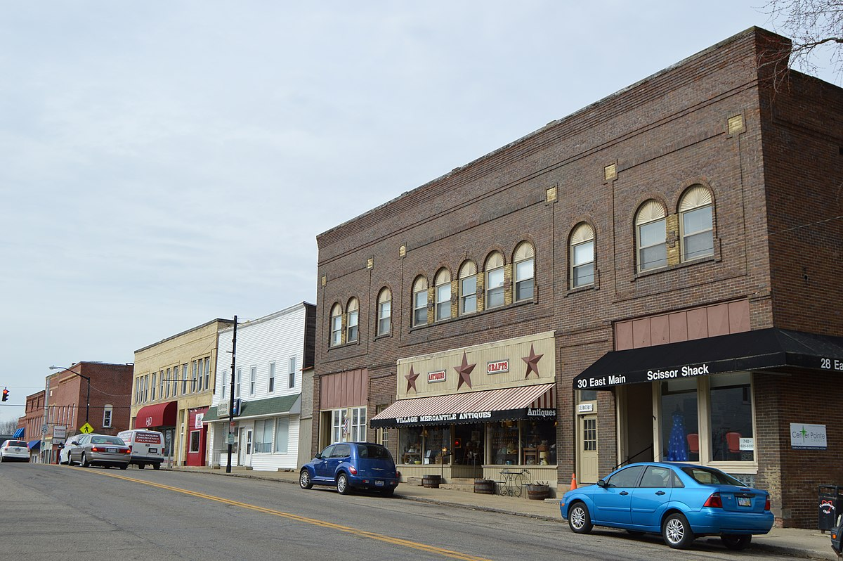 Px Main In Downtown Centerburg C Northwestern Side