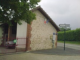 The town hall of Lucarré