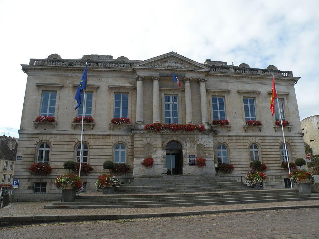 Mairie falaise 1.JPG